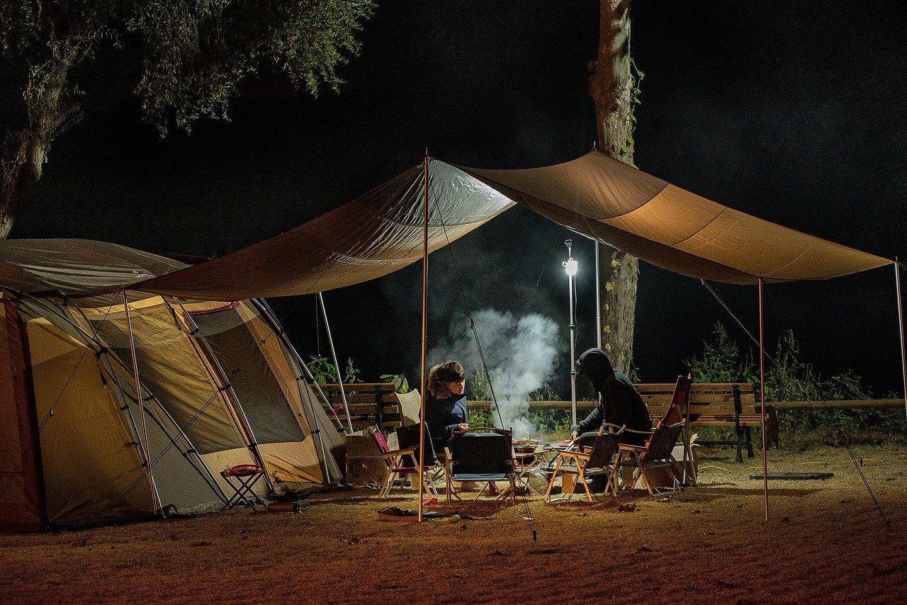 Trouver des campings sur argeles avec une piscine chauffée et un club aquatique